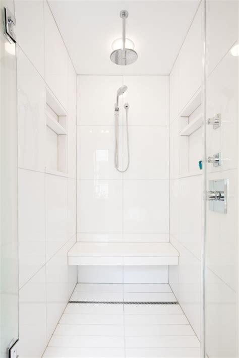 favorites white bathrooms   remodelista