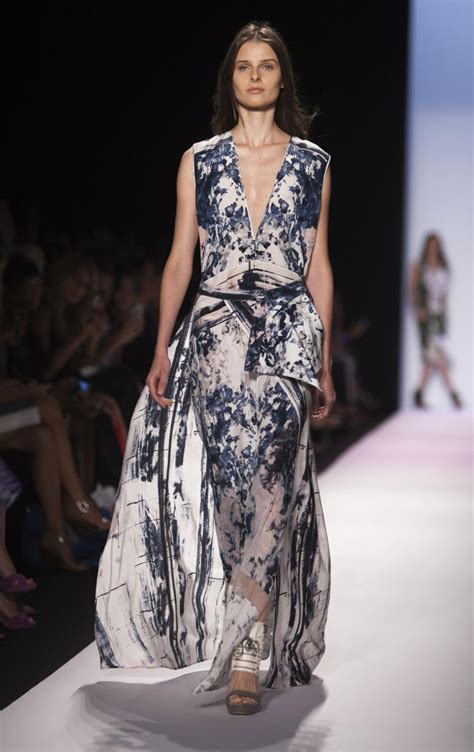 What To Look For At Ny Fashion Week by New York Fashion Week Bcbgmaxazria S Minimalism