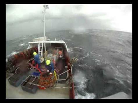 sw boat youtube sw tasmania cray fishing 2011 youtube