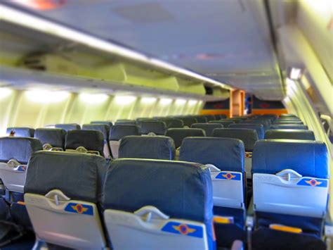 Southwest Airlines Interior file southwest airlines aircraft empty interior jpg wikimedia commons