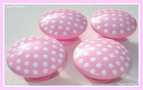 White Dresser With Pink Knobs by Dresser Knobs Painted Pink White Polka Dots