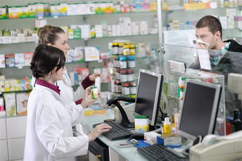 Pharmacist Requirements by Pharmacy Technician Requirements