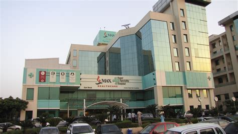 Sisket Nmax New Model max healthcare acquires 51 stake in saket city hospital