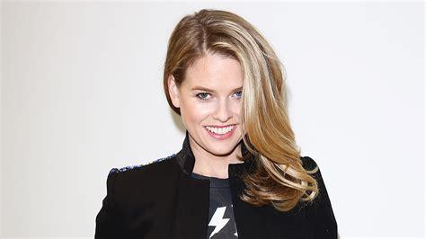actress eve net worth star trek s alice eve actress slams bruce jenner