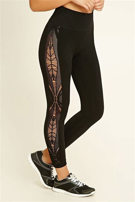 pattern workout clothes a pair of seamless capri leggings featuring ornate cutout