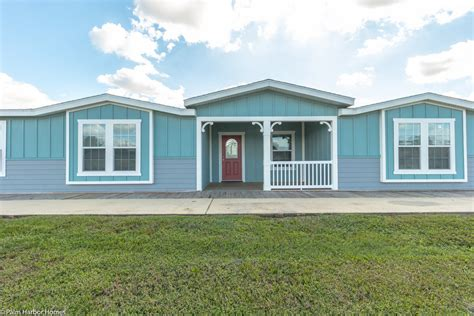 the tradewinds manufactured home or mobile home from palm