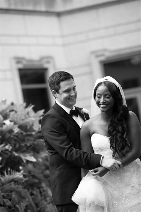 cnns isha sesay and leif coorlim wed access hollywoods isha sesay and leif coorlim of cnn wed in atlanta ceremony