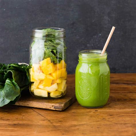 green drink green smoothie benefits you can expect simple green