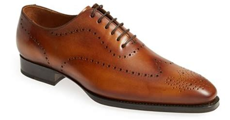 light brown wingtip shoes brown wingtip oxford mens shoes 28 images s brown