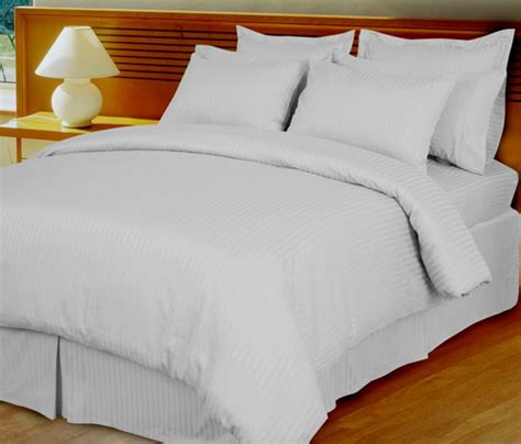 white damask stripe 600 thread count egyptian cotton down