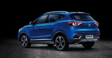 mg zs   lux  uae  car prices specs reviews  yallamotor