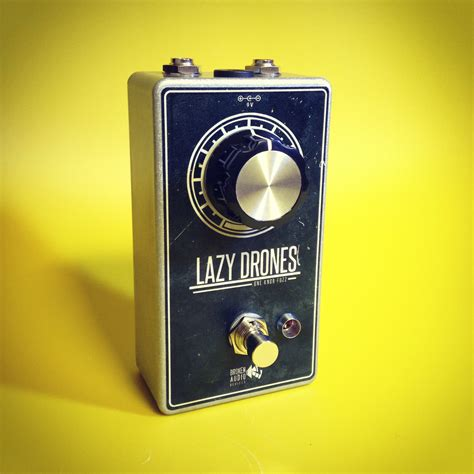 One Knob Fuzz by Lazy Drones Fuzz Pedal Broken Audio Devices Guitar