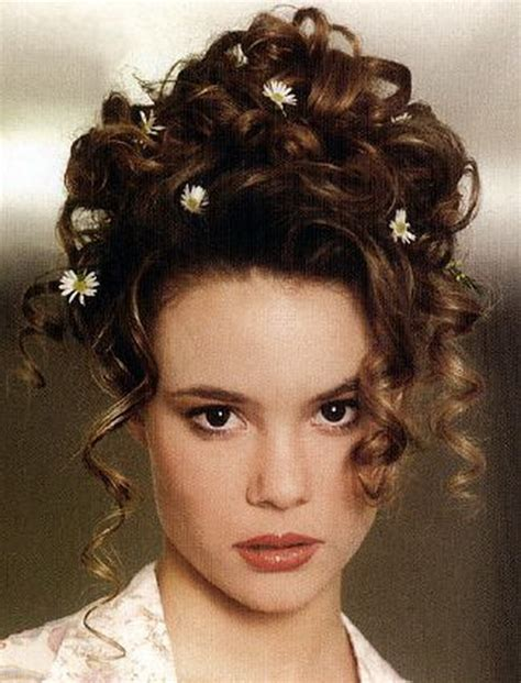 Curly Hairstyles Updos by Prom Hairstyles Curly Updos