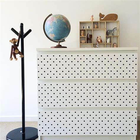 ikea stickers chambre relooker un meuble ik 233 a pour chambre d enfant