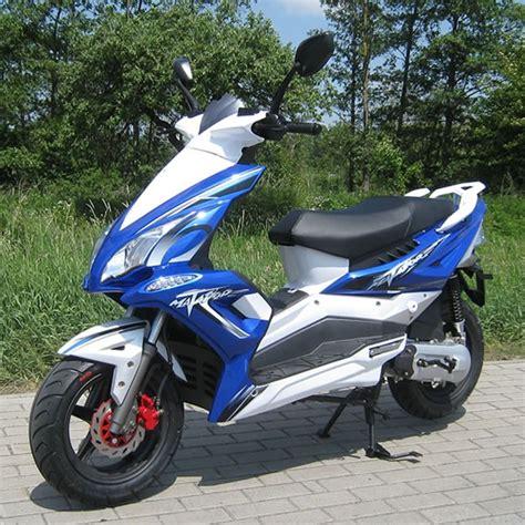 125ccm Motorrad Oder Roller by Motorroller Als 50er Matadore Oder Mofa Roller Motorroller