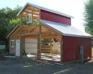Building A Pole Barn Pole Barn Construction Hansen Buildings