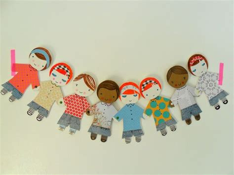 Paper Dolls Chain - best 25 paper chains ideas on days in