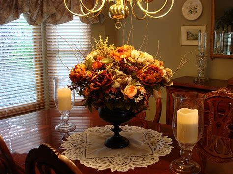 Dining Room Floral Arrangements by Dining Room Floral Arrangement Floral Arrangements