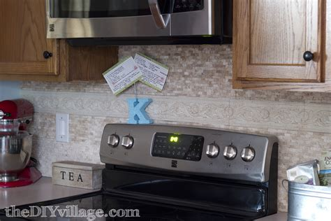 Latest Trends In Kitchen Backsplashes by Split Face Travertine Tile Backsplash The Diy Village