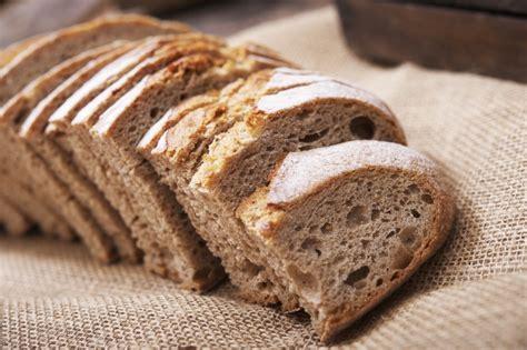 introduzione alimenti svezzamento celiachia l introduzione glutine nella dieta non