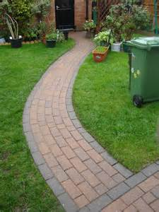 garden path designs pavers