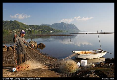buy a boat oahu picture photo fisherman pulling out net out of small baot
