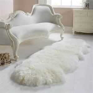white sheepskin rug home