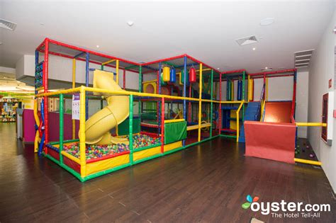 friendly vacations the 10 best kid friendly hotels in cancun oyster