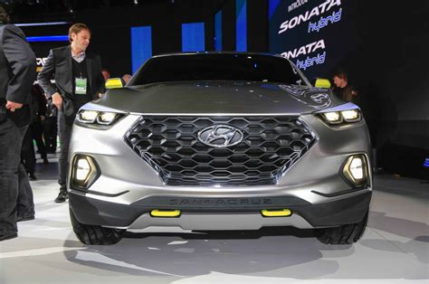 hyundai crossover truck hyundai santa cruz pickup likely to be greenlit in november