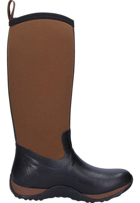 arctic adventure black brown wellington boots by muckboots
