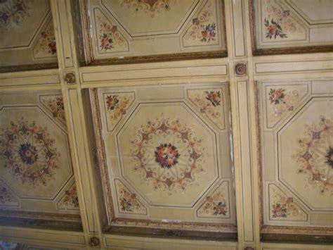 soffitti a cassettoni decorati soffitti a cassettoni in polistirolo pannelli termoisolanti