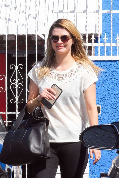 Mischa Barton Pics Now With Tights by Mischa Barton In Tights At The Dwts 09 Gotceleb