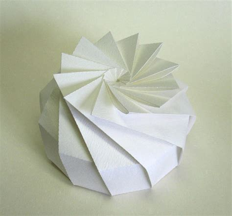Pretty Origami Paper - 3d origami by jun mitani design milk