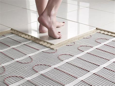 riscaldamento elettrico a pavimento conviene riscaldamento radiante a pavimento riscaldamento