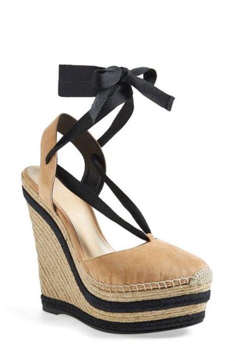 Sepatu Wedges Gucci Coklat 56 50 best wide legs and wedges images on wedge sandal wide legs and wedges