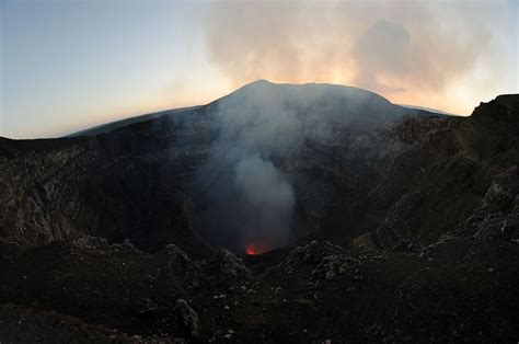 cadena volcanica wikipedia parque nacional volc 225 n masaya wikipedia la enciclopedia