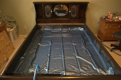 Water Bed For Sale by How To Correctly Find The Spot Of A Leak In A Waterbed