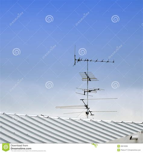 Tv Roof Tv Antenna On Roof Royalty Free Stock Image Image 28516266