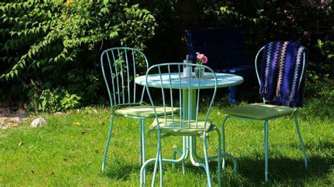 tavoli rotondi da giardino dalani tavoli da giardino pratici e eleganti