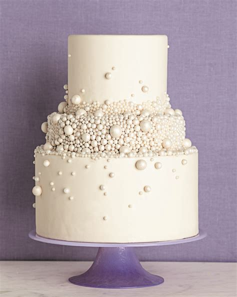 Wedding Cakes With Pearls by Wonderful Decorated Wedding Cakes With Pearls Weddings