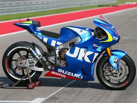 Moto Suzuki 1000cc 2014 Motogp Cota Suzuki Test Photos Motorcycle Usa