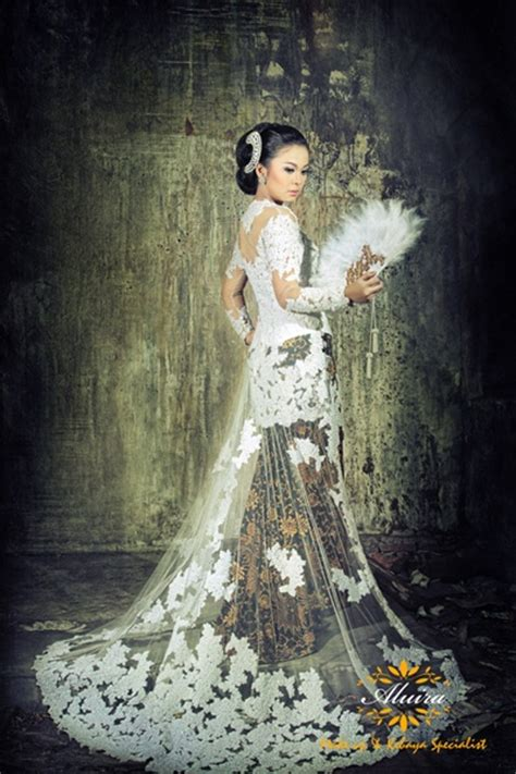 Ring Kebaya 24 best images about traditional fans on traditional javanese and the