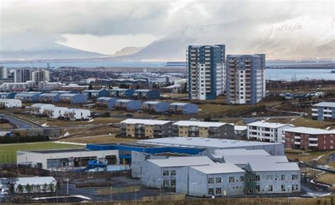 airbnb reykjavik american traveller found dead in an airbnb apartment in