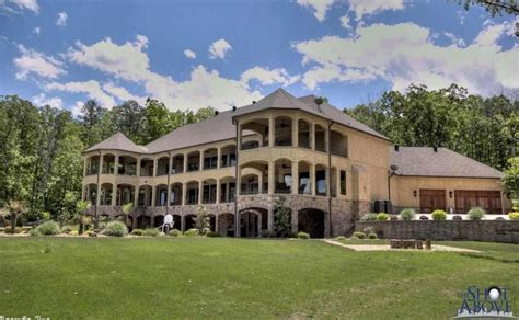 houses for sale in conway ar 10 000 square foot lakefront mansion in conway ar homes of the rich