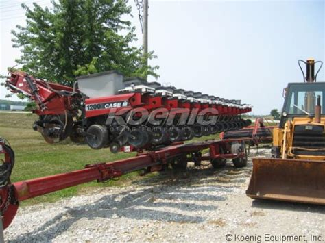Ih 1200 Planter by 2006 Ih 1200 Planter 1864863b In Logansport Indiana