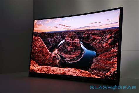 Tv Oled Samsung it s lg versus samsung in the curved oled tv wars slashgear