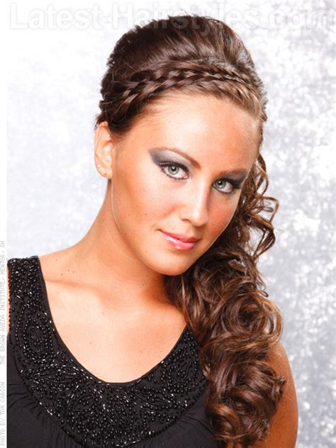 hairstyles side curls to the side curly prom hairstyles curls are pinned to