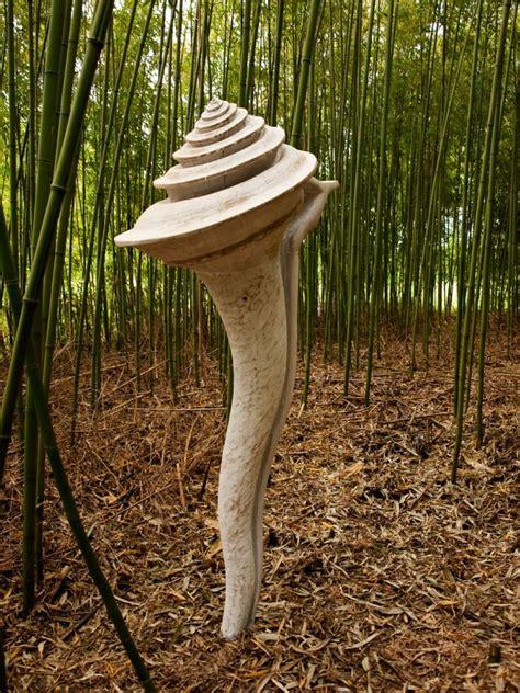 gartenskulpturen holz bild meereschnecke kettens 228 genarbeit gartenskulptur