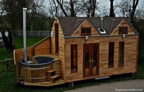 on wheels is the new grid a guide to tiny houses