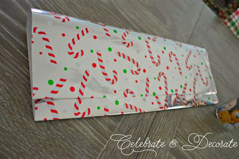 Make Gift Bag From Wrapping Paper - make a gift bag out of wrapping paper celebrate decorate
